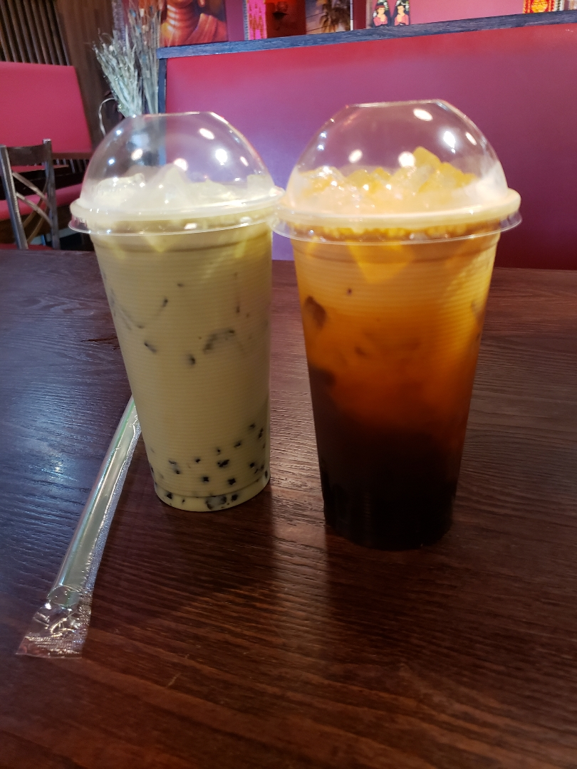 green milk and thai bubble teas